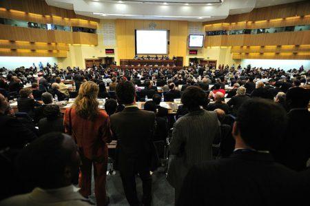 Žádná mezinárodní konference se bez tlumočení neobejde
