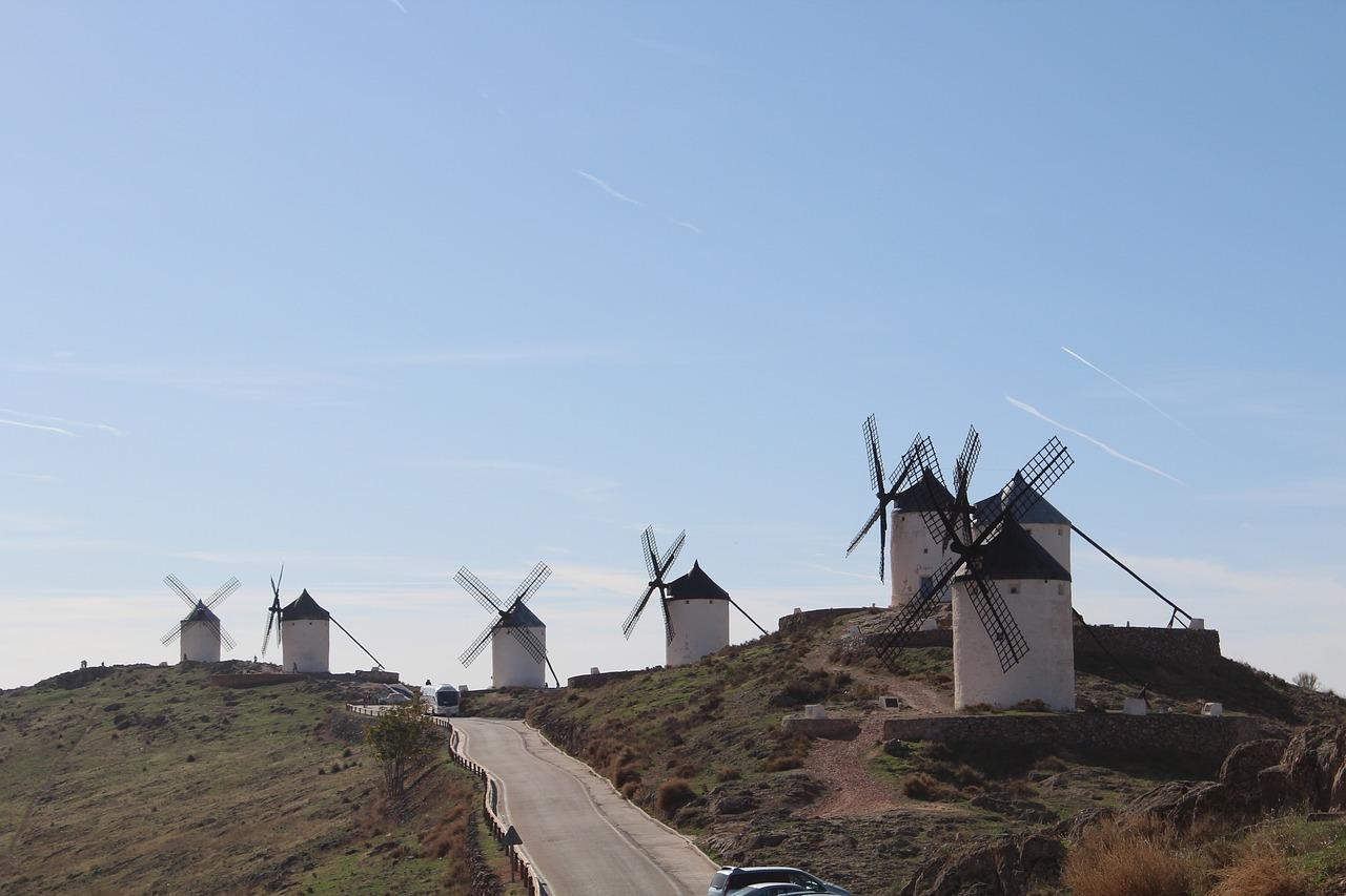 Porazil don Quijote větrné mlýny? Přečtěte si ve španělštině.