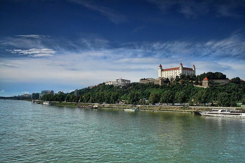 Bratislava, slovenské hlavní město plné jazyků